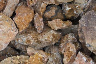 Travertín VK - kusový ozdobný kameň