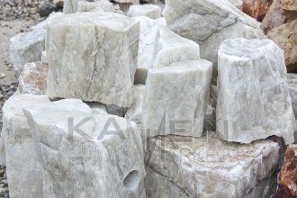 Onyx - kusový kameň